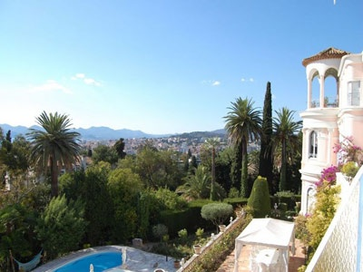 Exceptional properties in Provence