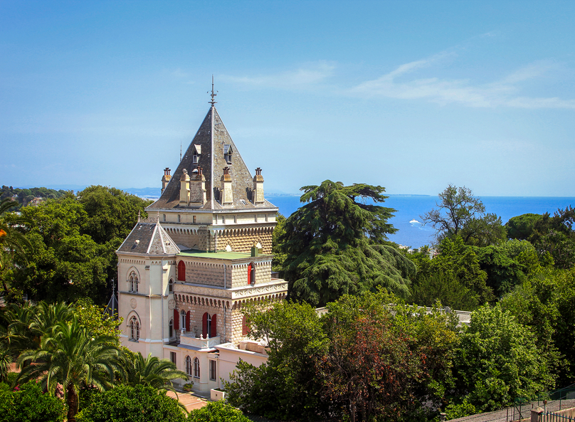 Chateau rentals on the French Riviera for exceptionnal holidays